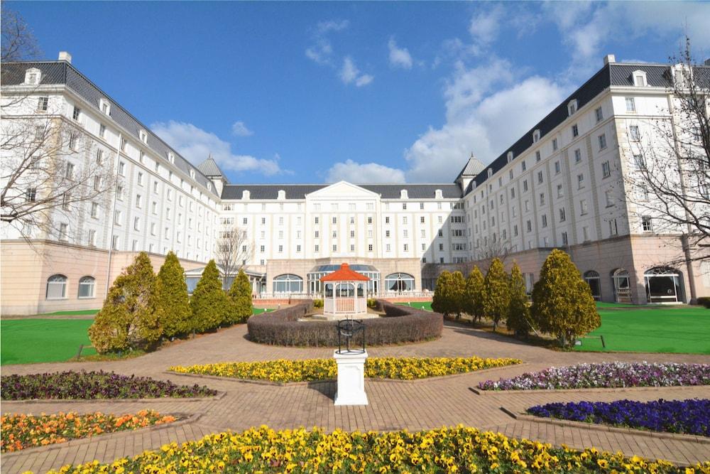 人気テーマパーク「ハウステンボス」隣接し、花と緑に囲まれた人気シティホテル☆【ホテル日航ハウステンボス】